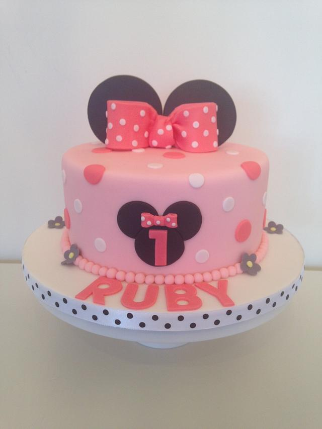 Marvelous 1St Birthday Minnie Mouse Cake Cake By Cakesdecor Funny Birthday Cards Online Unhofree Goldxyz