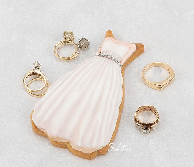Vintage Modern White Wedding Dress Cookie 💐🌱👒