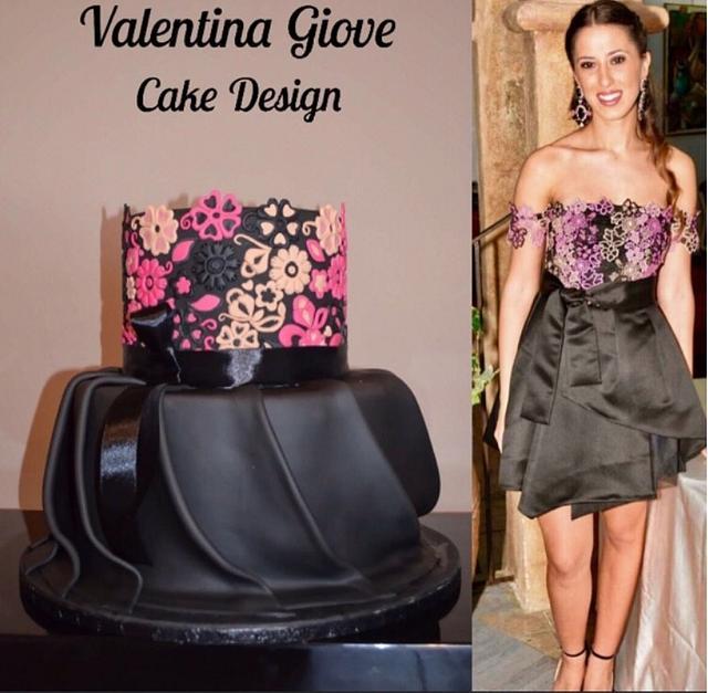 Pinko Dress Cake