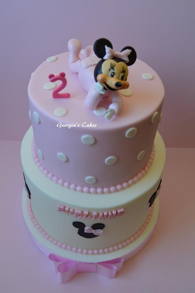Baby Minie Mouse cake