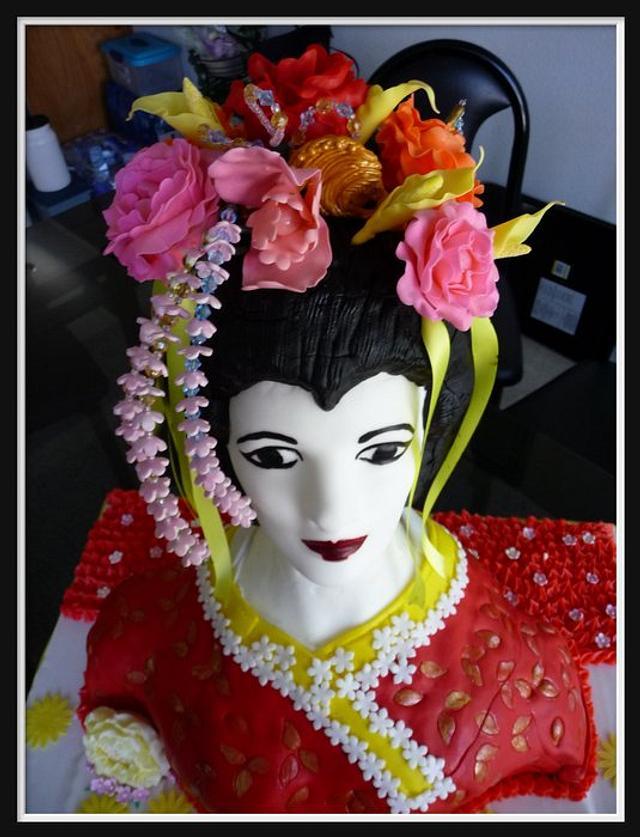Geisha 3D bust cake