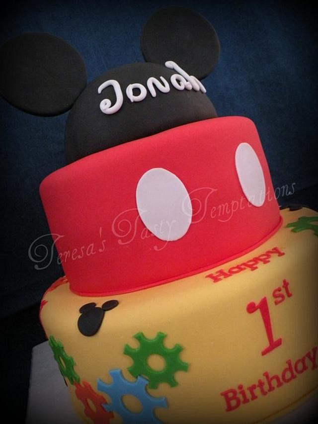 Mickey gears cake