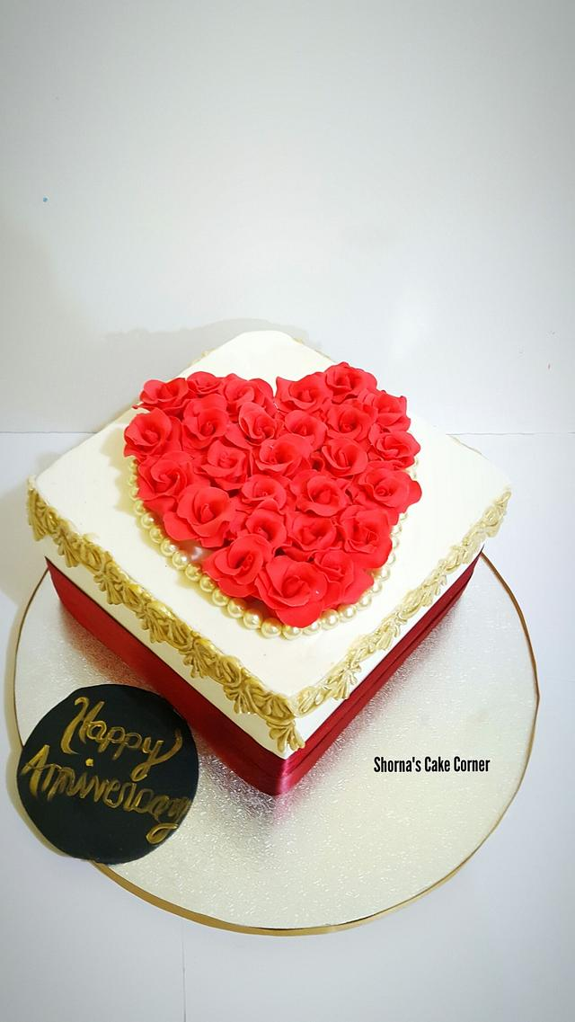 Mini Red roses cake