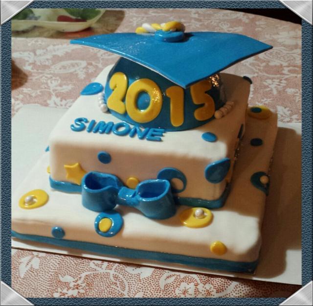 2015 Graduation Cake