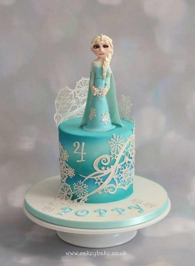 Sensational Frozen Themed Birthday Cake Cake By Cakeybake Kirsty Cakesdecor Personalised Birthday Cards Paralily Jamesorg