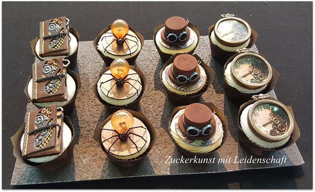 Steampunk Cupcake,