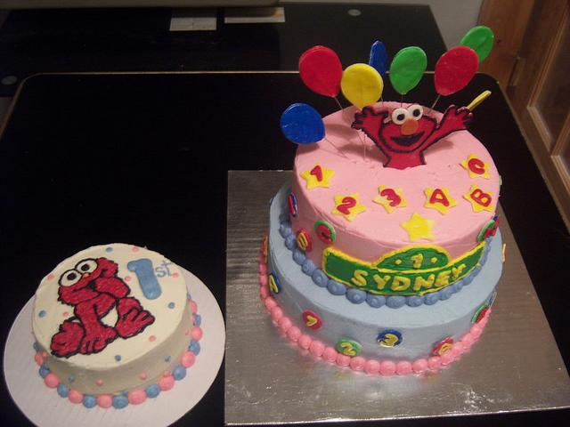 elmo 1st bday with smash cake