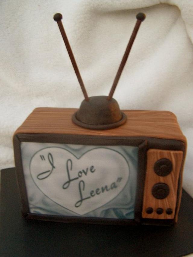 She Loves Lucy, He Loves Leena!