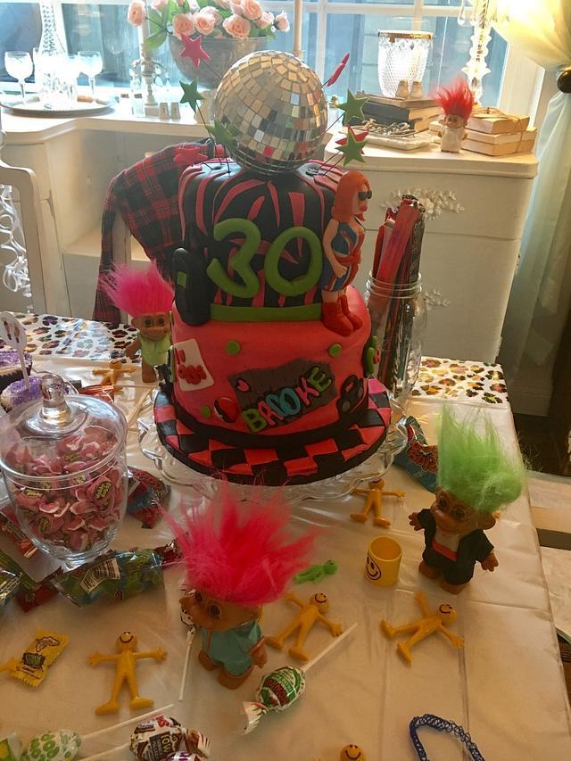 I love the 90s cake