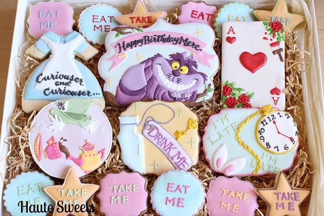 Alice In Wonderland Birthday  Cookie Set