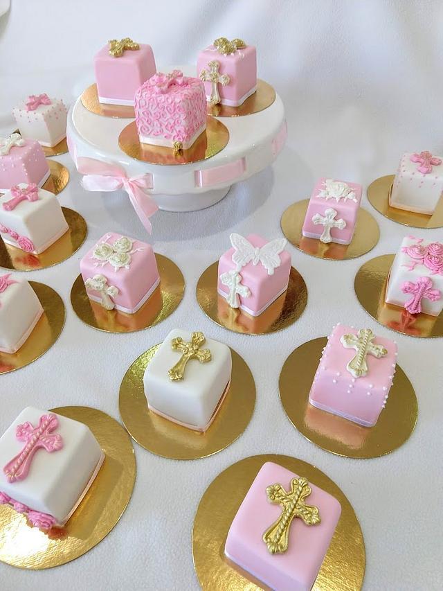 First communion mini cakes