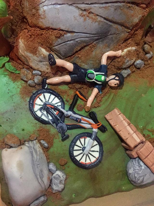 Mountain biking cake