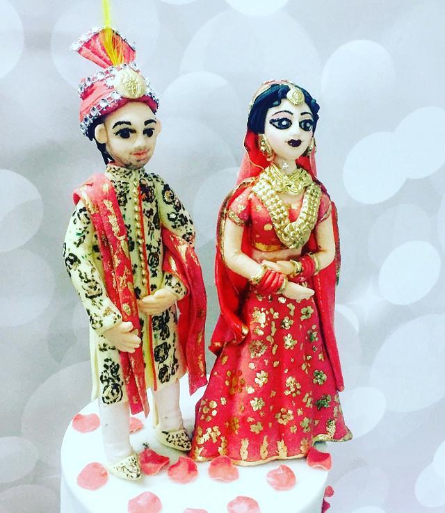 Indian bride & groom topper