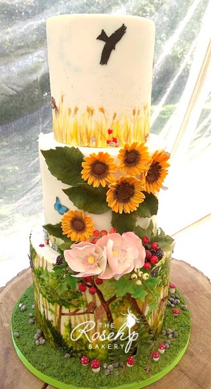 Woodlands, Meadow and Fields Wedding Cake