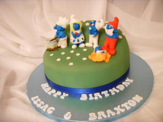 Peachy Smurfs Birthday Cake Cake By Christine Cakesdecor Funny Birthday Cards Online Overcheapnameinfo