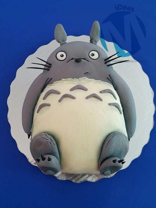 Totoro pop up cake