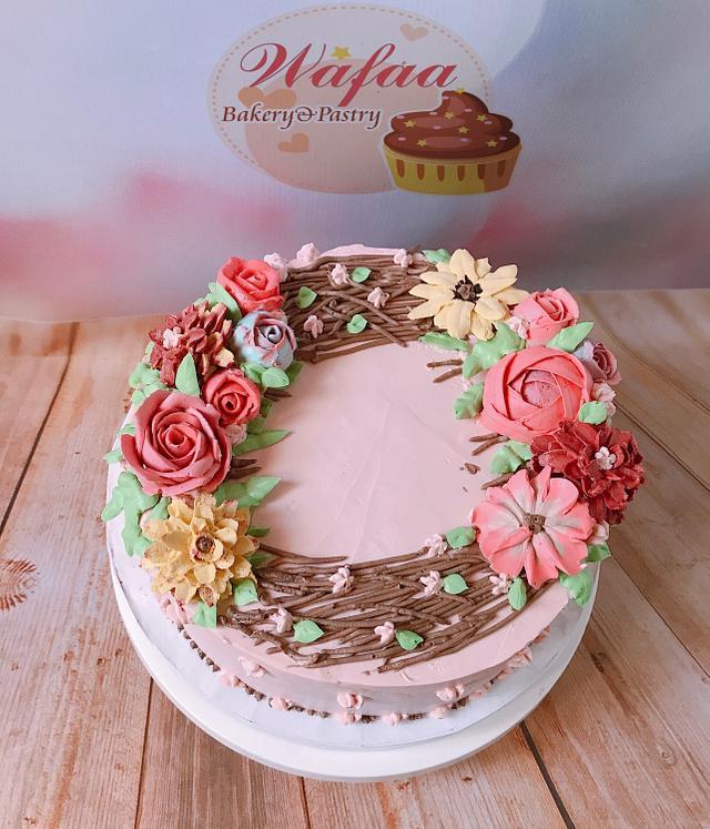 Flower cream cake