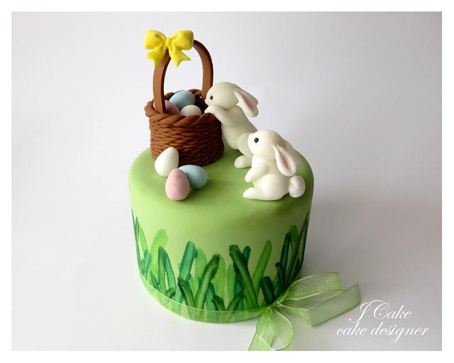 mini easter cake