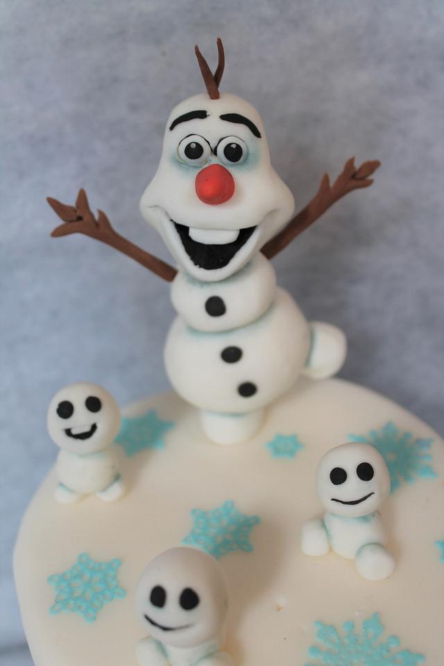 Olaf with his baby's ❤
