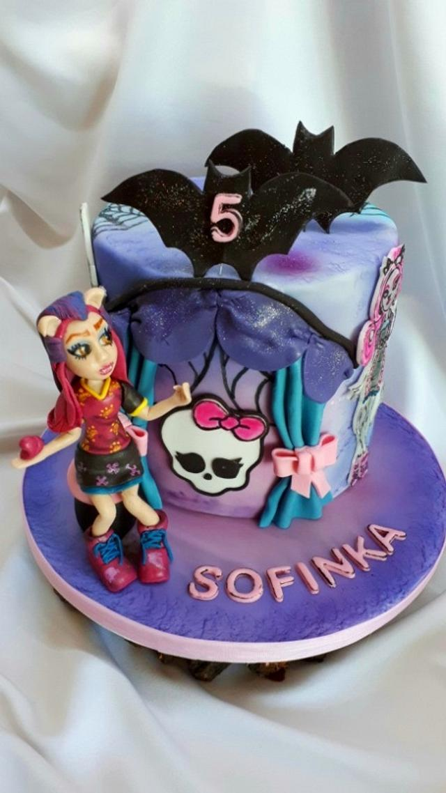 Fine Birthday Monsters High Cake By Kaliss Cakesdecor Personalised Birthday Cards Veneteletsinfo