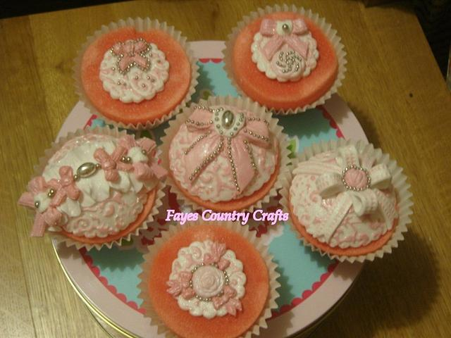 Bow collection cupcakes