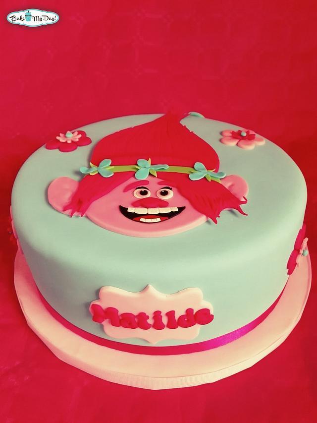 Poppy / Trolls Cake