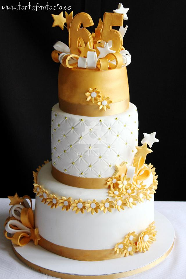 Magnificent 65Th Birthday Cake Cake By Tartafantasia Cakesdecor Personalised Birthday Cards Veneteletsinfo