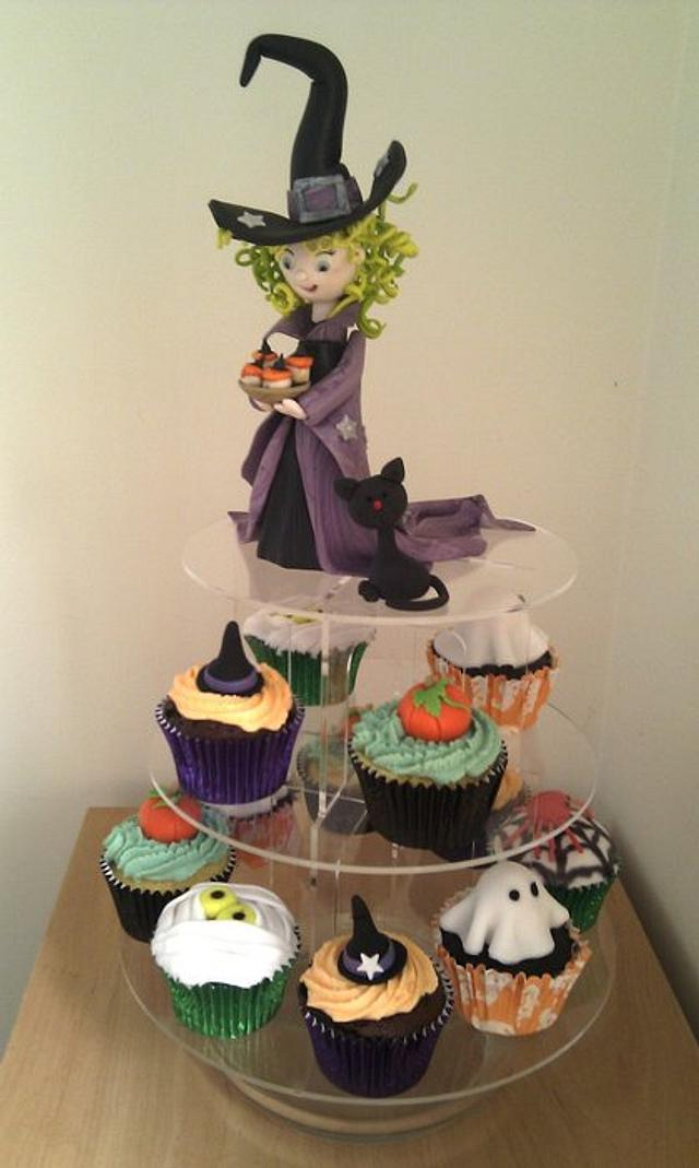 Halloween cupcakes and gum paste Witch