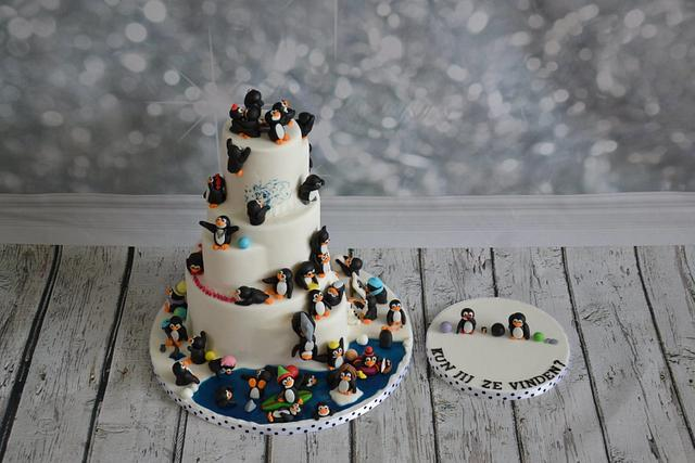 find the pinguin cake