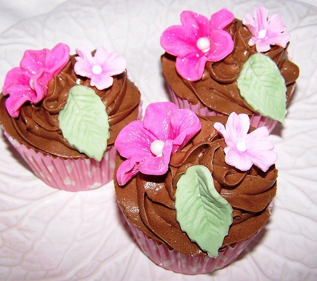 Floral Cuppies
