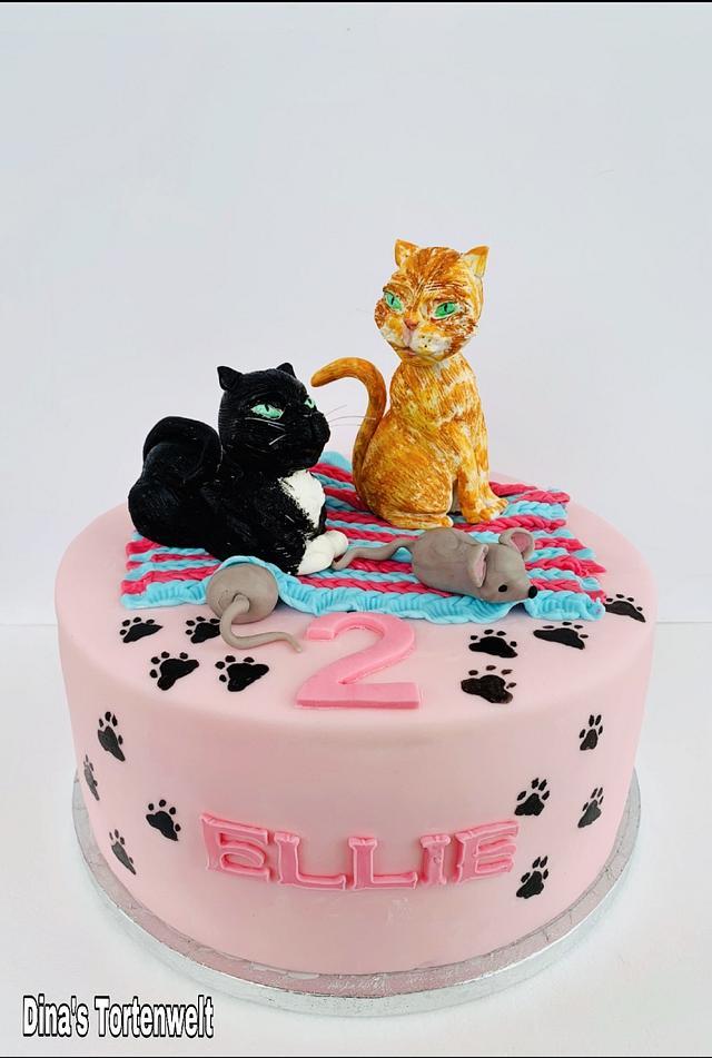Superb Cat Birthday Cake Cake By Dinas Tortenwelt Cakesdecor Funny Birthday Cards Online Unhofree Goldxyz