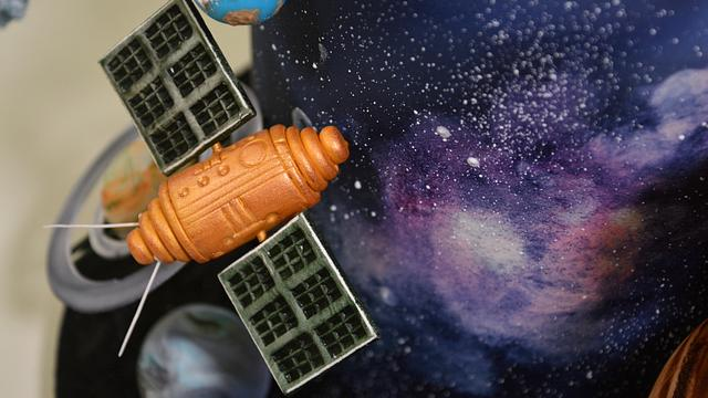 Space Themed Fondant Scenery Cake