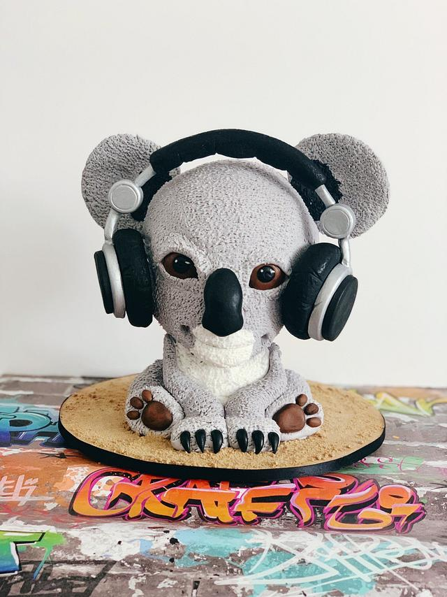 Sensational Koala Cake Cake By Urszula Maczka Cakesdecor Funny Birthday Cards Online Hetedamsfinfo