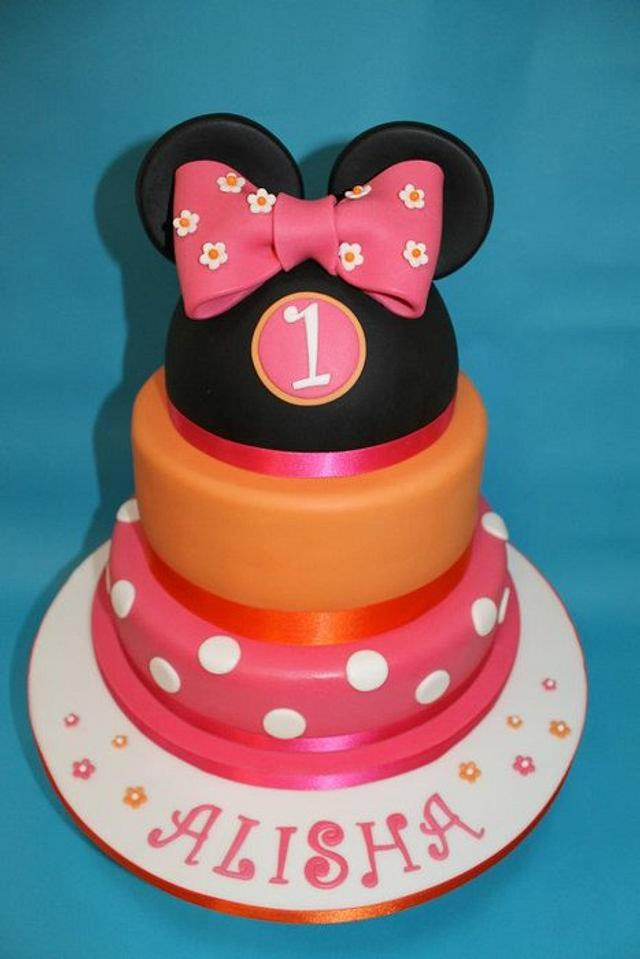 Minnie Mouse in Pink and Orange!