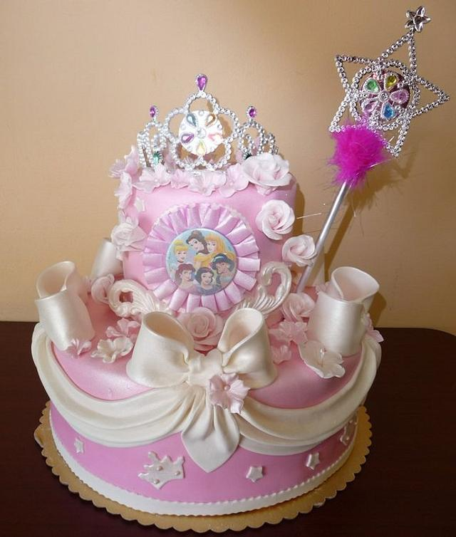 Incredible Disney Princess Birthday Cake Cake By Roscoebakery Cakesdecor Personalised Birthday Cards Paralily Jamesorg