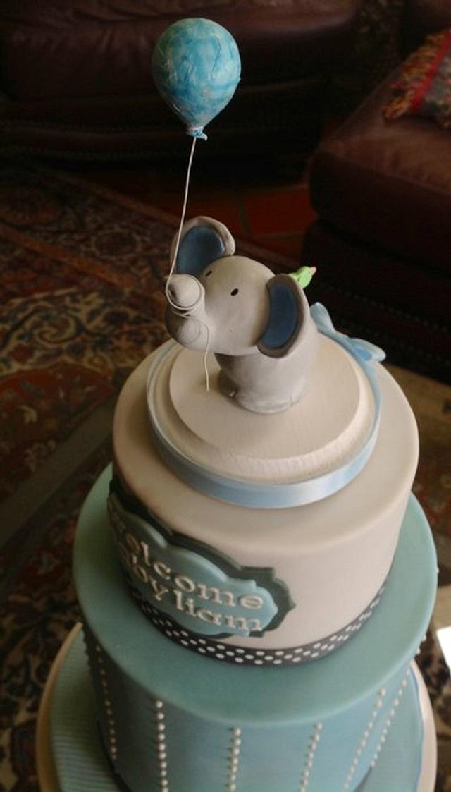 Simple Little Elephant Cake