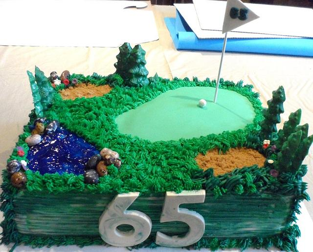 GOLF COURSE THEMED CAKE
