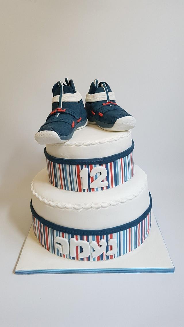 Basketball girls shoes