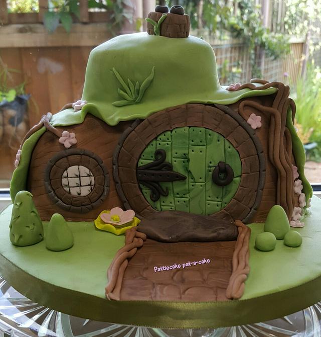Hobbit inspired house