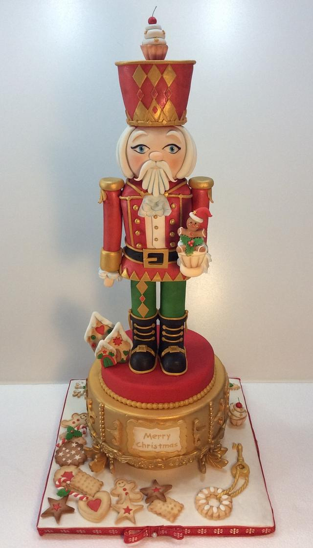 My  Nutcracker Prince on the carillon cake