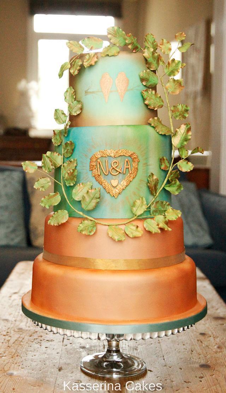 Beech tree birds wedding cake