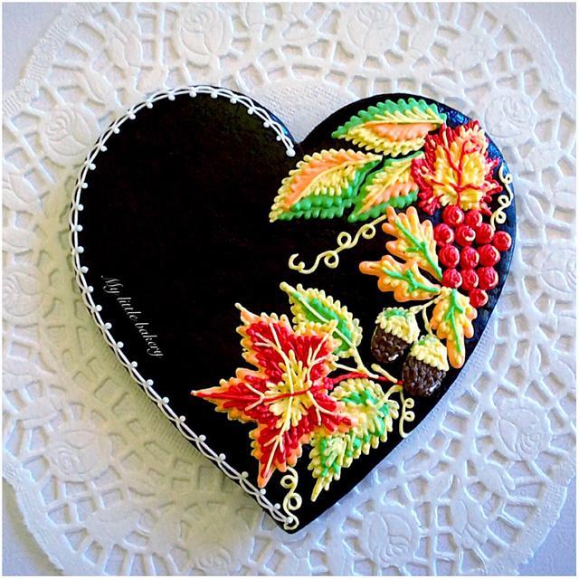 Autumn heart cookie