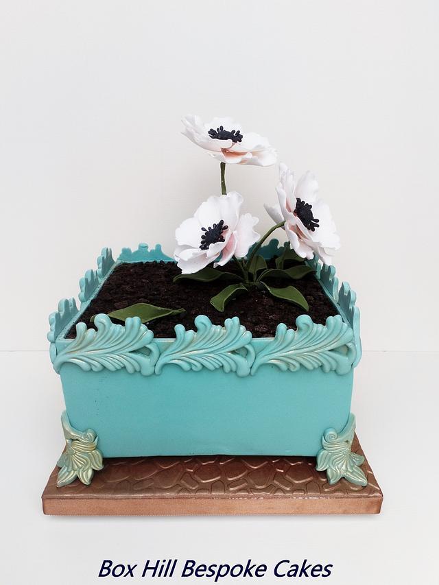 Jardiniere flower cake