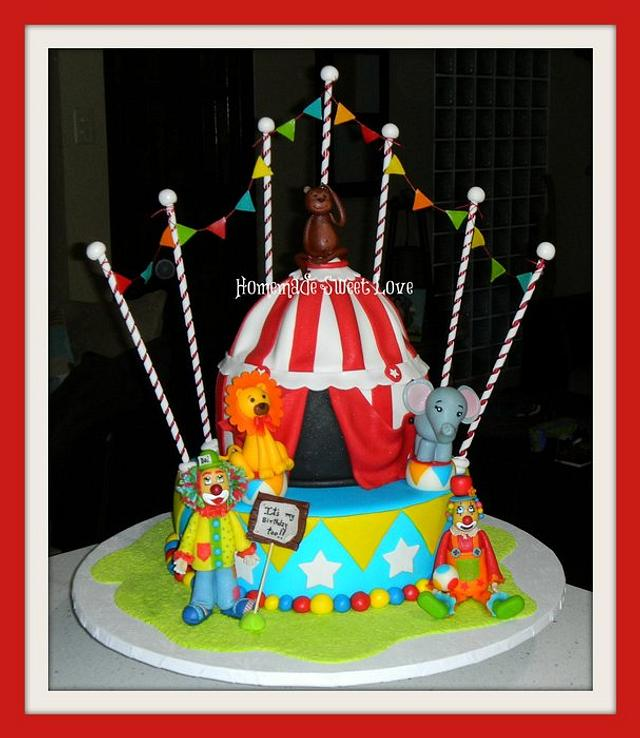 Strange Circus Birthday Cake Cake By Brenda Lee Rivera Cakesdecor Personalised Birthday Cards Veneteletsinfo