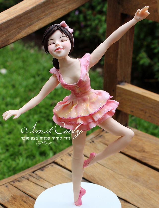 Ballerina sculpted sugar dough