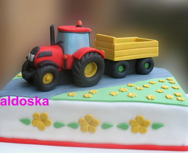 Tractor with flatbed