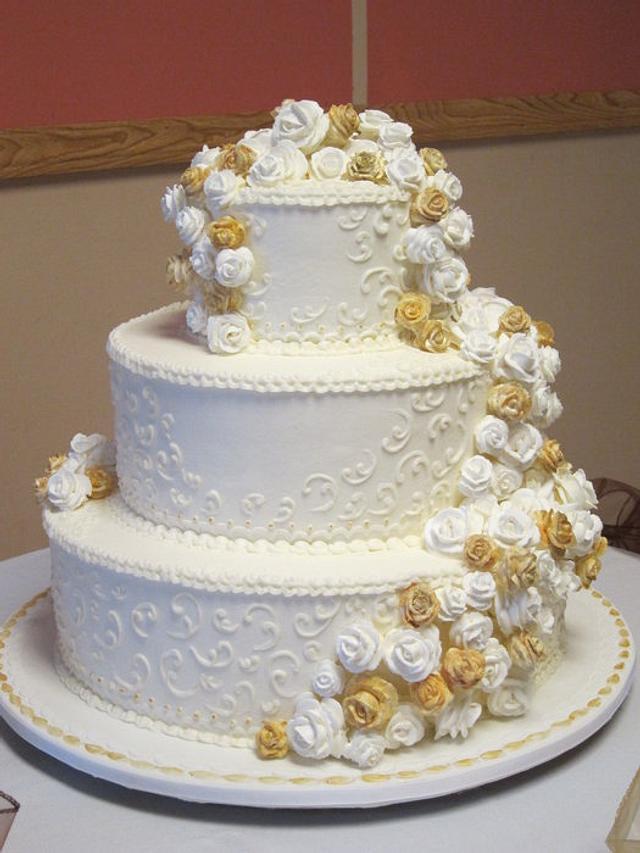 """Old School"" Wedding Cake"