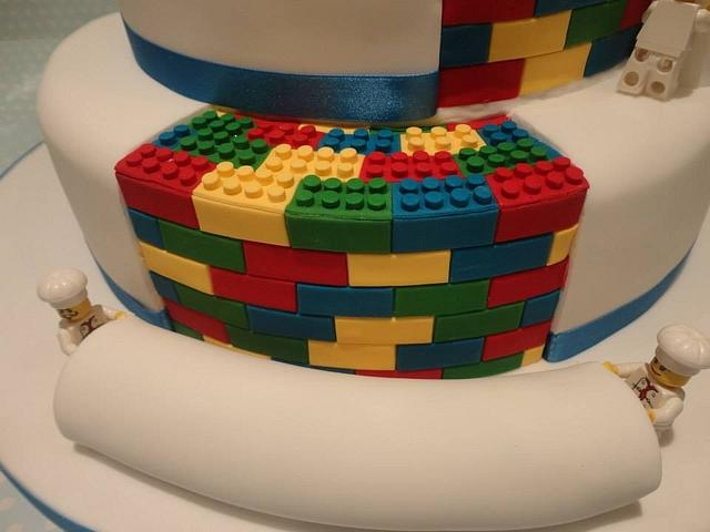 Wedding cake with a LEGO surprise!