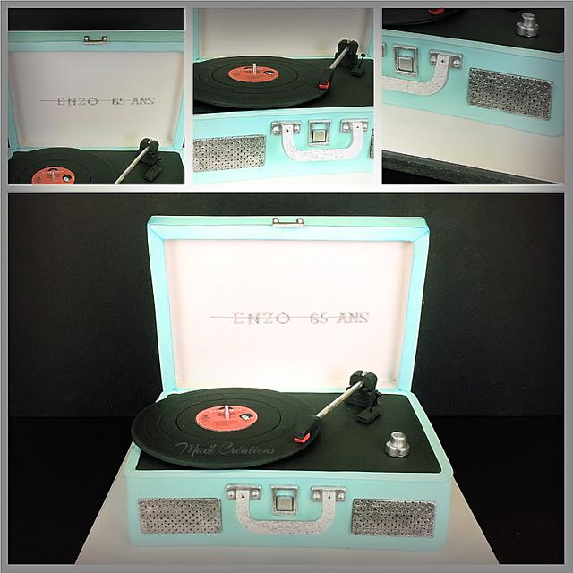 I love Musique Record play cake