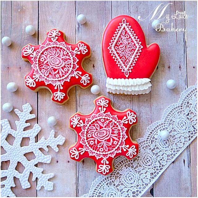 Lace Christmas cookies